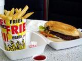 0812burgerfries